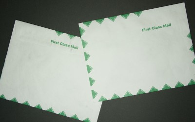 "Large Tyvek® Mailing Envelope - First Class Green Diamond Border - Open Side - 10"" x 13"""